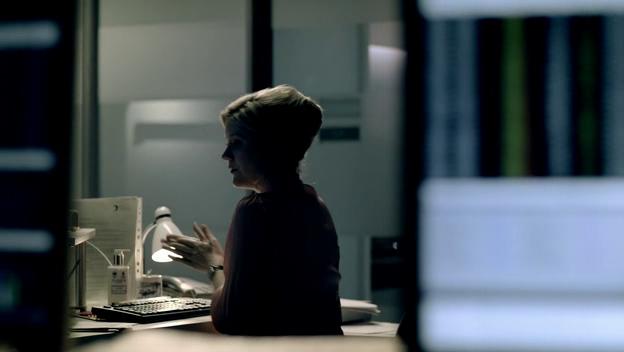 Sherlock S01E02 (The Blind Banker)