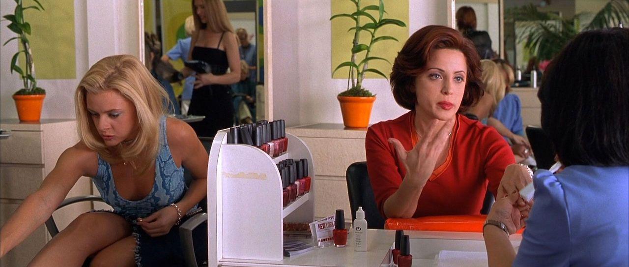 Legally Blonde (2001) – Born Unicorn