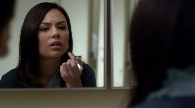 Pretty Little Liars S03E22 (Will the Circle Be Unbroken?)