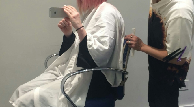 Shirley Manson at the Hairdresser's