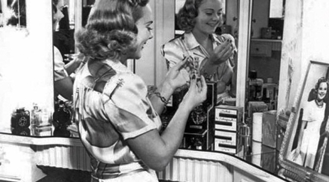 Sonja Henie's Dressing Table