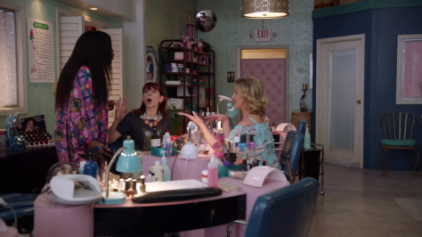 claws_s02e02_bornunicorn (1)